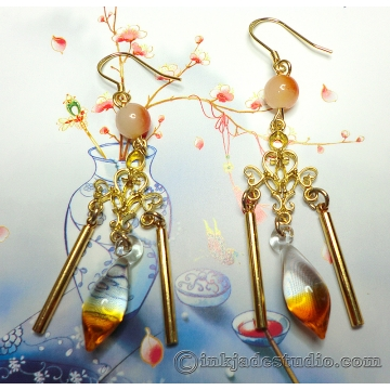 Golden Gradient Glass Filigree Dangle Earrings