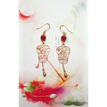 Gold Flower Filigree Chinese Fan Earrings