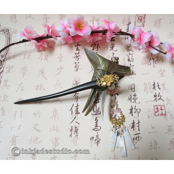 Golden Filigree Flower Wooden Chinese Hair Stick with Rose Quartz