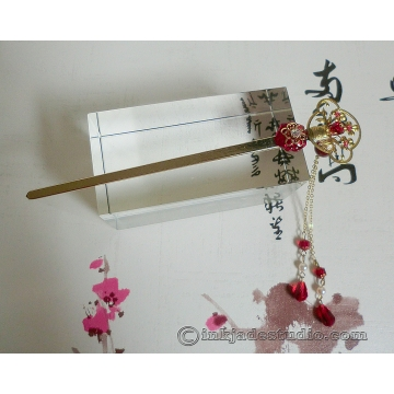 Red and Gold Flower Vase Hair Stick