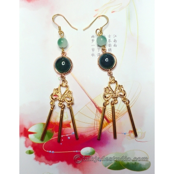 Green Jade and Agate Golden Chinese Chandelier Earrings