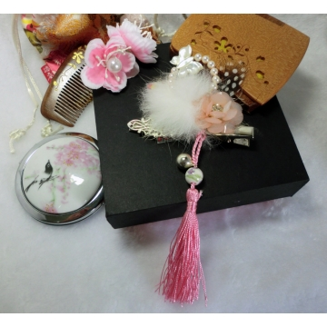 Chinese Pearl, butterfly and Peony Hairclip with Bell