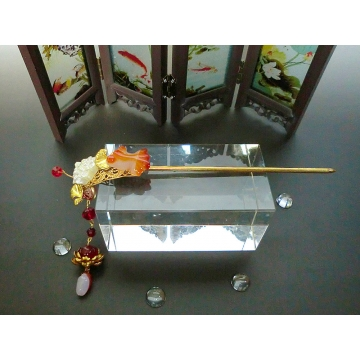 Chinese White Lotus and Brazilian Agate Goldfish Hair Stick Hair Pin with Magnolia Bud